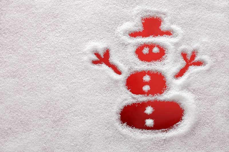 limpiar nieve artificial decorativa de navidad