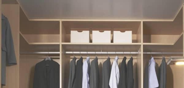 El moho genera olor a humedad en los armarios