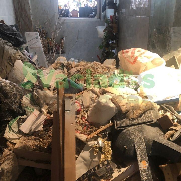 Imagen de vivienda en Madrid antes del vaciado del inmueble