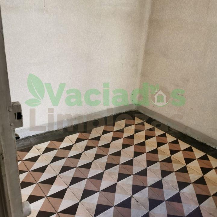 Habitación del piso en calle Mallorca de Madrid, después del vaciado de la casa