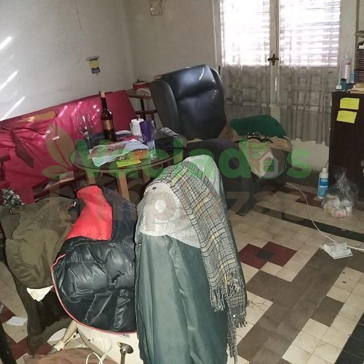 Habitación de un piso antiguo en Madrid antes de proceder al vaciado del inmueble