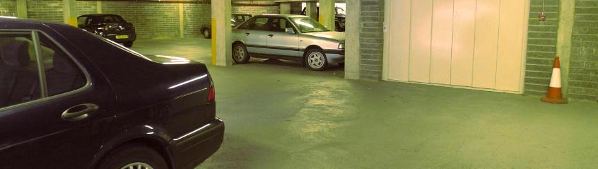 ¿Es Legal Usar Una Plaza De Garaje Como Trastero Y Acumular Enseres?