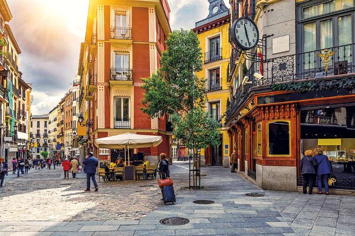 barrio de Huertas en Madrid para buscar sitio para dormir
